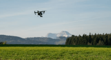Hyperspectral imaging in precision ag