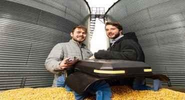Husker Undergrads Earn National Award for Grain Robot