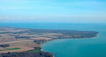 Scientists and farmers protect Lake Erie