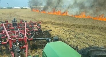 Ont. farmer acts fast to stop wheat fire