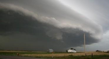 Horizontal Winds become Major Movers of CO2 During Cold Fronts