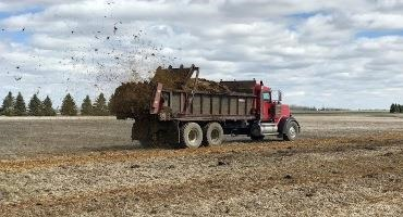 Tips for Fall Manure Application and How to Avoid Nutrient Loss
