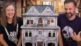 Haunted Dollhouse Makeover - DIY Hal...