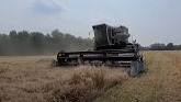 JJNS Farms - Wheat Harvest Day3 - VIDEO 2 - Gleaner fell apart! RUT RO!