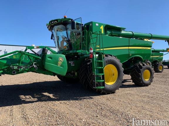 John Deere 2020 S780 Combines