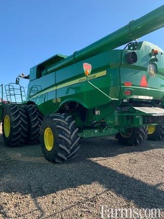 John Deere 2019 S790 Combines