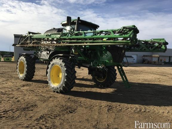 John Deere 2020 R4044 Sprayers - Self Propelled