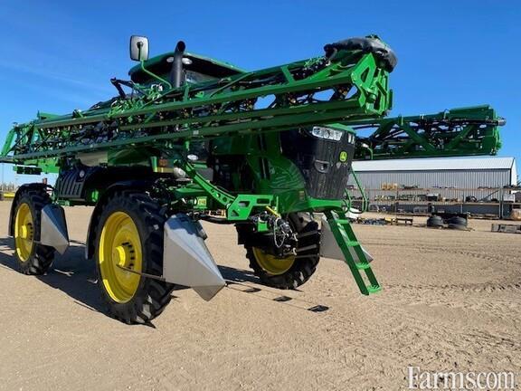 2021 John Deere R4044