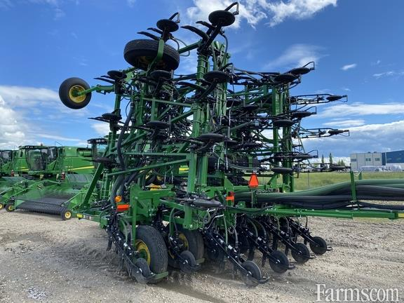 John Deere 2020 P556 Air Seeders / Air Carts