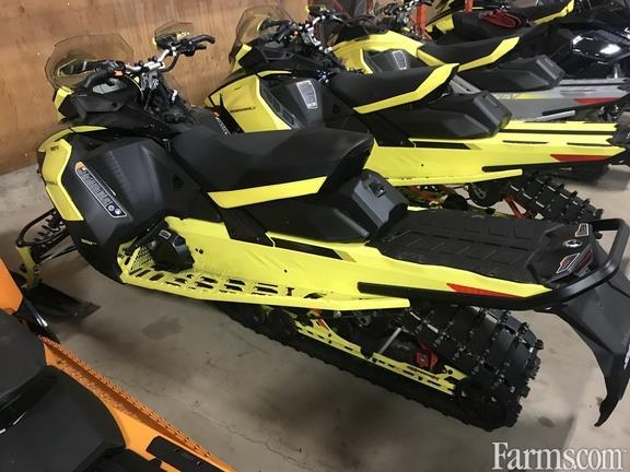 Ski-Doo 2021 Renegade X 900 Ace Turbo Snowmobiles