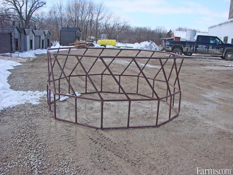 Black Creek Welding Feeders / Waterers / Barn Equipment