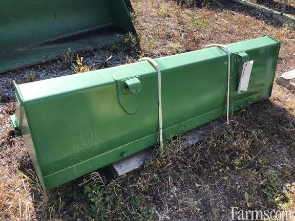 2020 John Deere r2 bucket