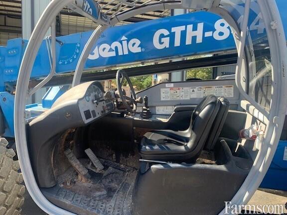 2012 Genie GTH844
