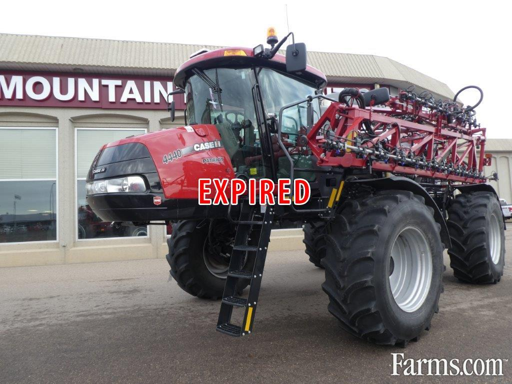 2020 Case IH 4440-120 Sprayer - Pull Type