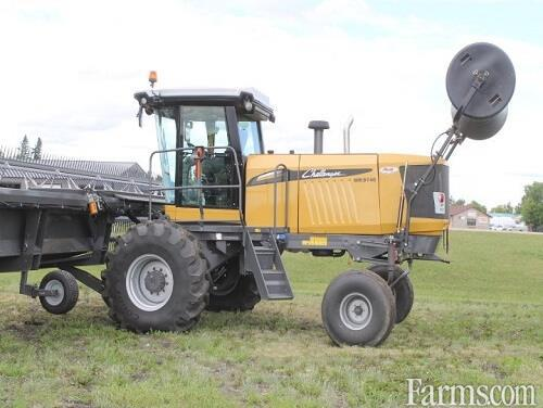 2014 Challenger WR9740 Windrower / Swather