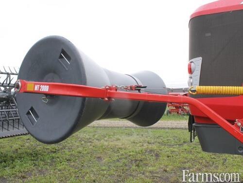 2012 Massey Ferguson WR9740 Windrower / Swather