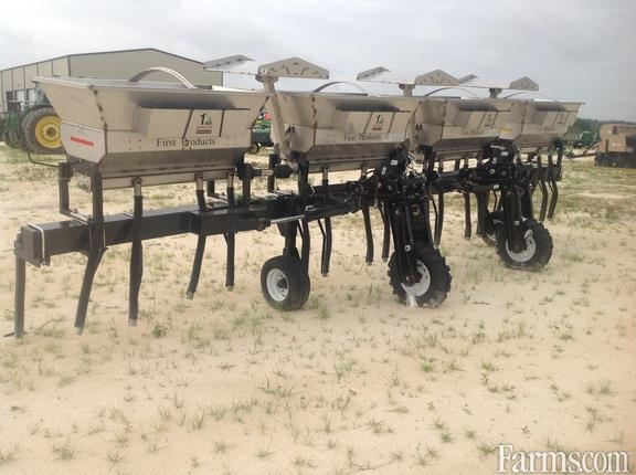 2019 John Deere 8RW FIRST PRODUCTS