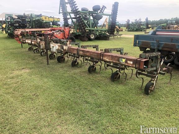 KMC 8 ROW Row Crop Cultivators