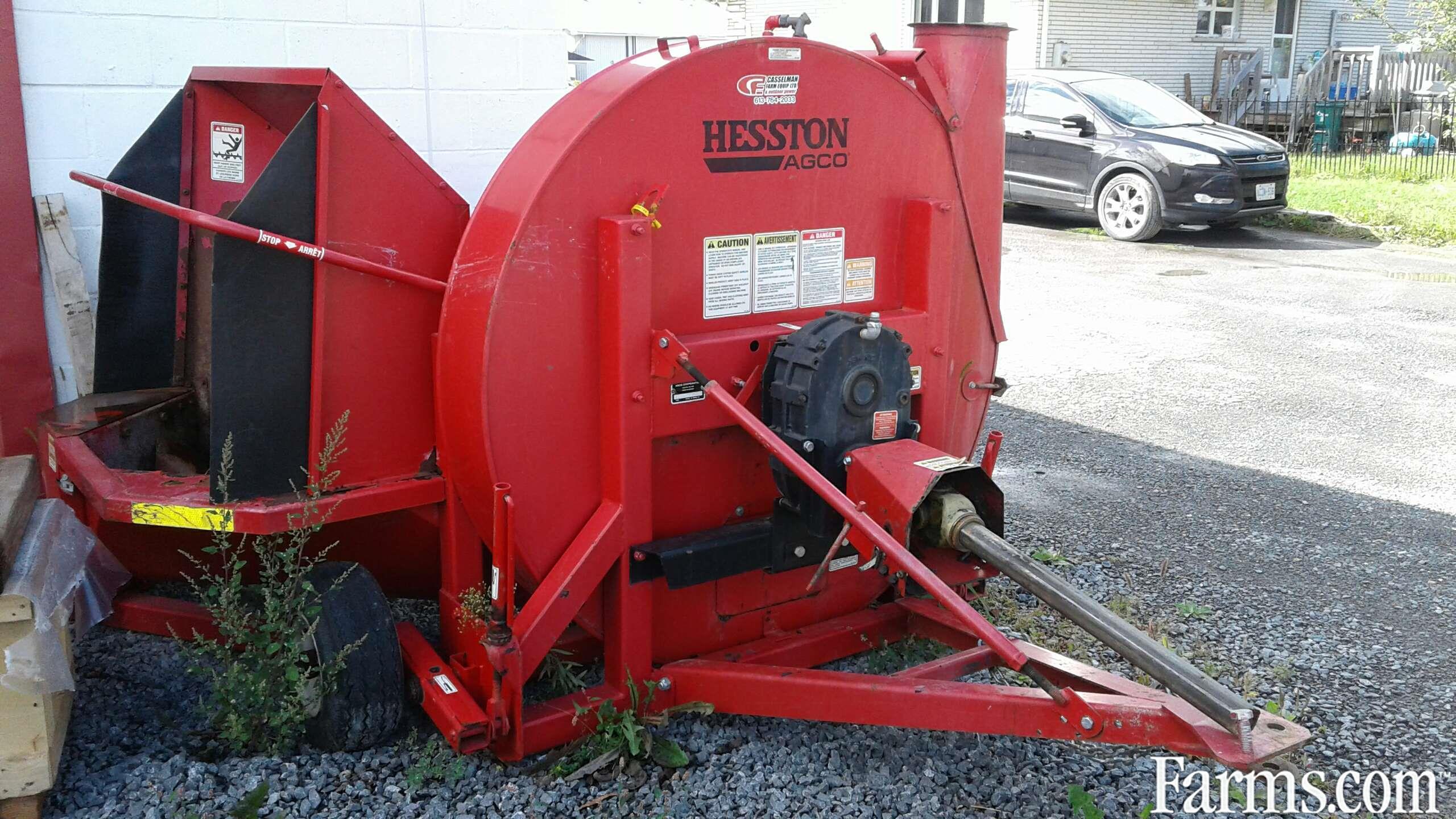 Hesston 1060 Forage Blower