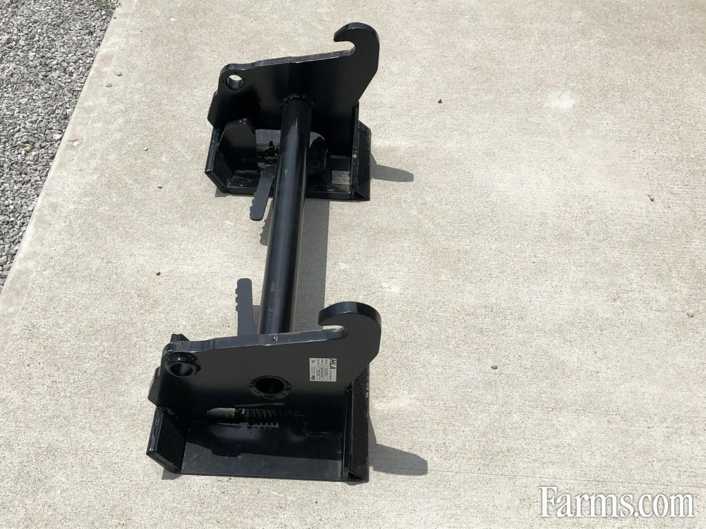John Deere 2019 Adapter Plate Other Skid Steer Loaders Equipment