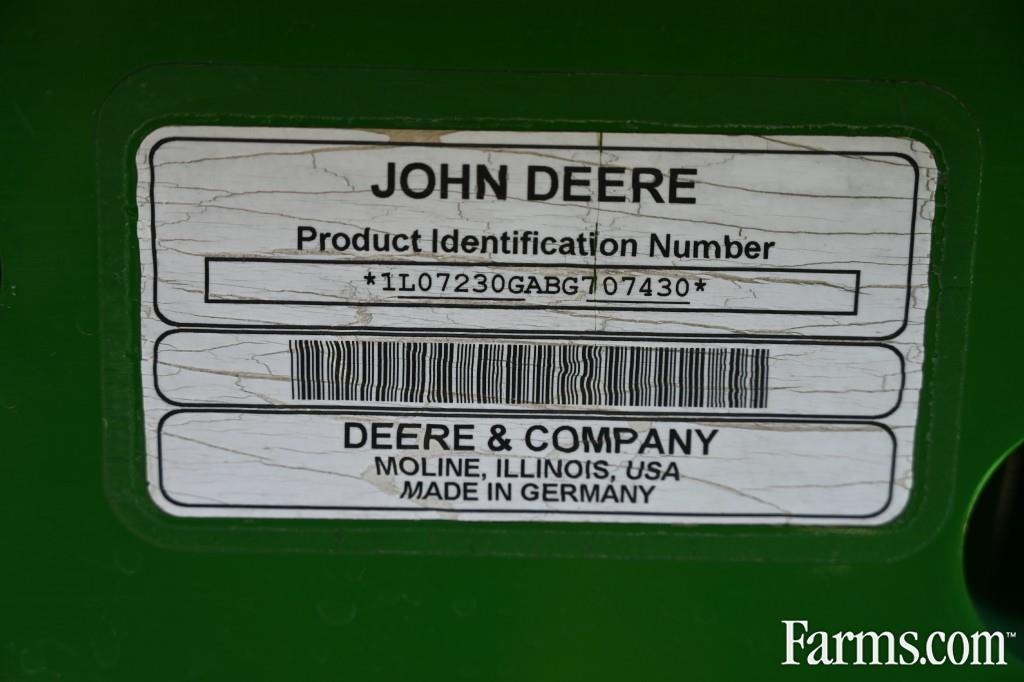 John Deere 7230
