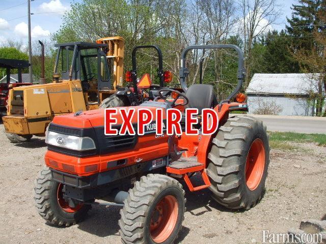 Kubota L3710 Tractor