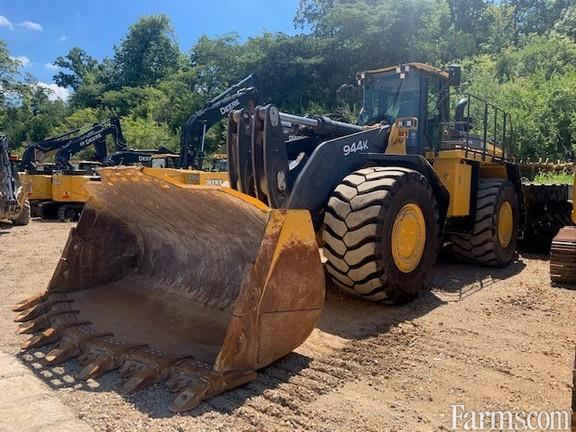 John Deere 2017 944K Backhoes & Loaders
