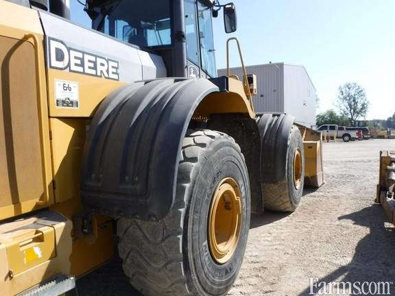 John Deere 2012 824K Backhoes & Loaders
