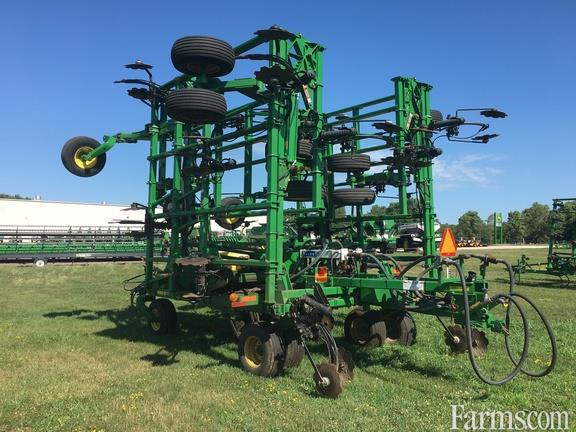 John Deere 2013 2410 Applicator Fertilizer Applicators - Anhydrous