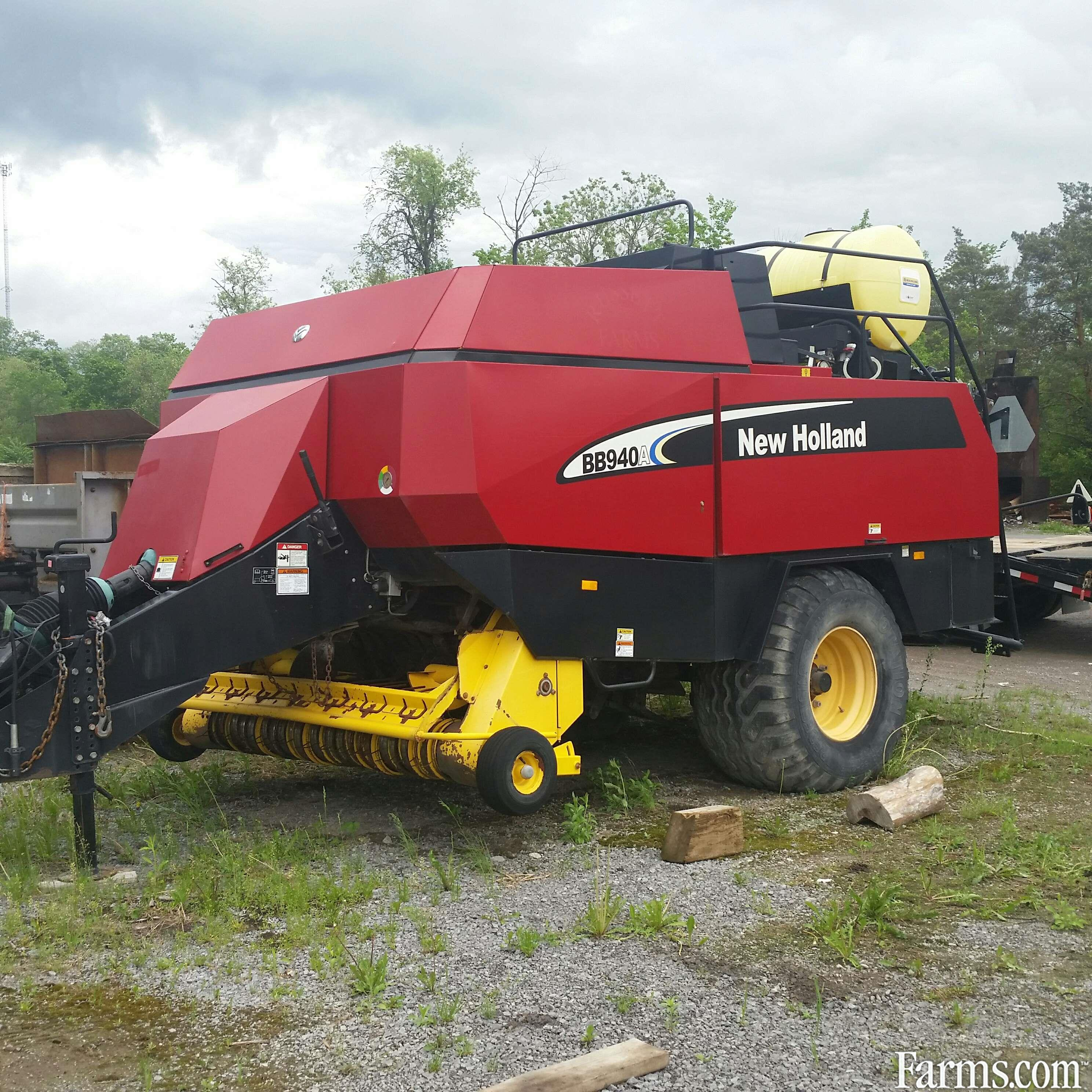 2006 New Holland BB940A Square Baler - Large