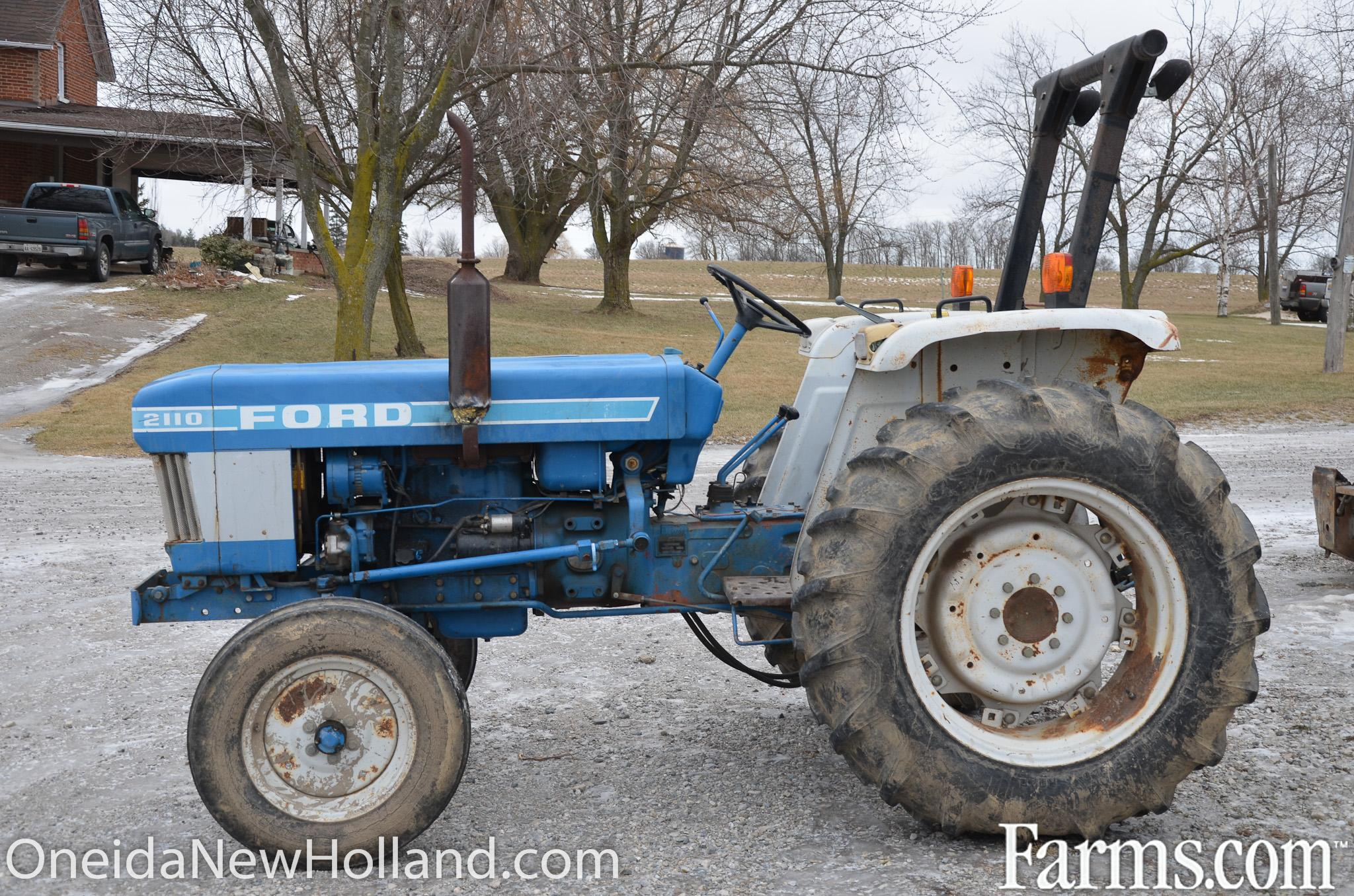 Ford 5200 Tractor Farm : Ford tractor for sale farms