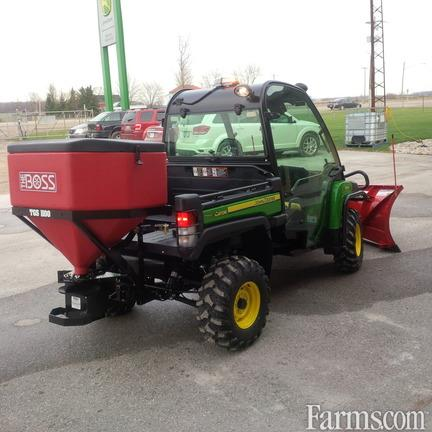 John Deere 2018 UTV plows and spreaders Snow Removal