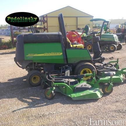 John Deere 2012 1600T Riding Lawn Mowers