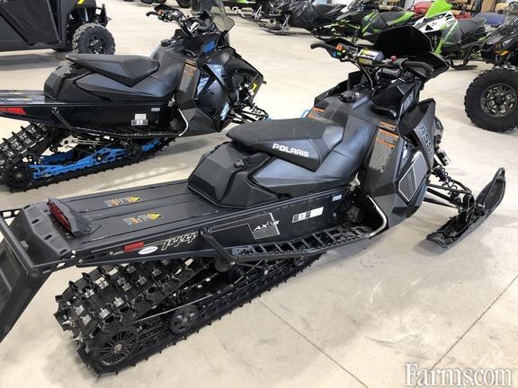 Polaris 2018 800 Switchback Assault 144 Snowmobiles