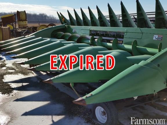 John Deere 2008 608C Headers - Corn