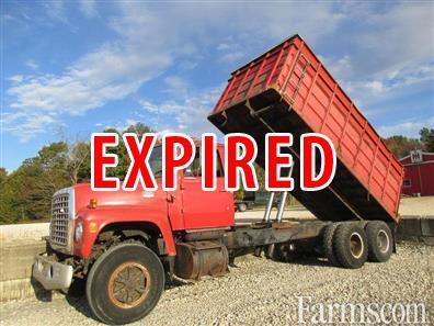 Ford 1976 L880 Farm / Grain Trucks - Heavy Duty