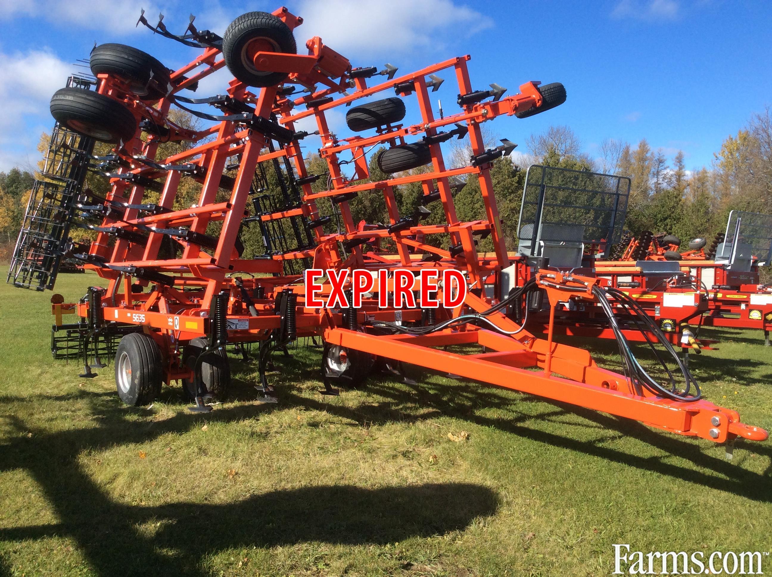 Kuhn Krause 2015 5635-30 Field Cultivators
