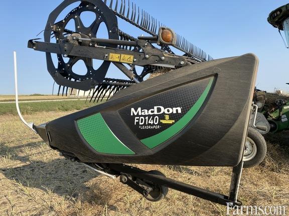 2018 MacDon Industries FD140
