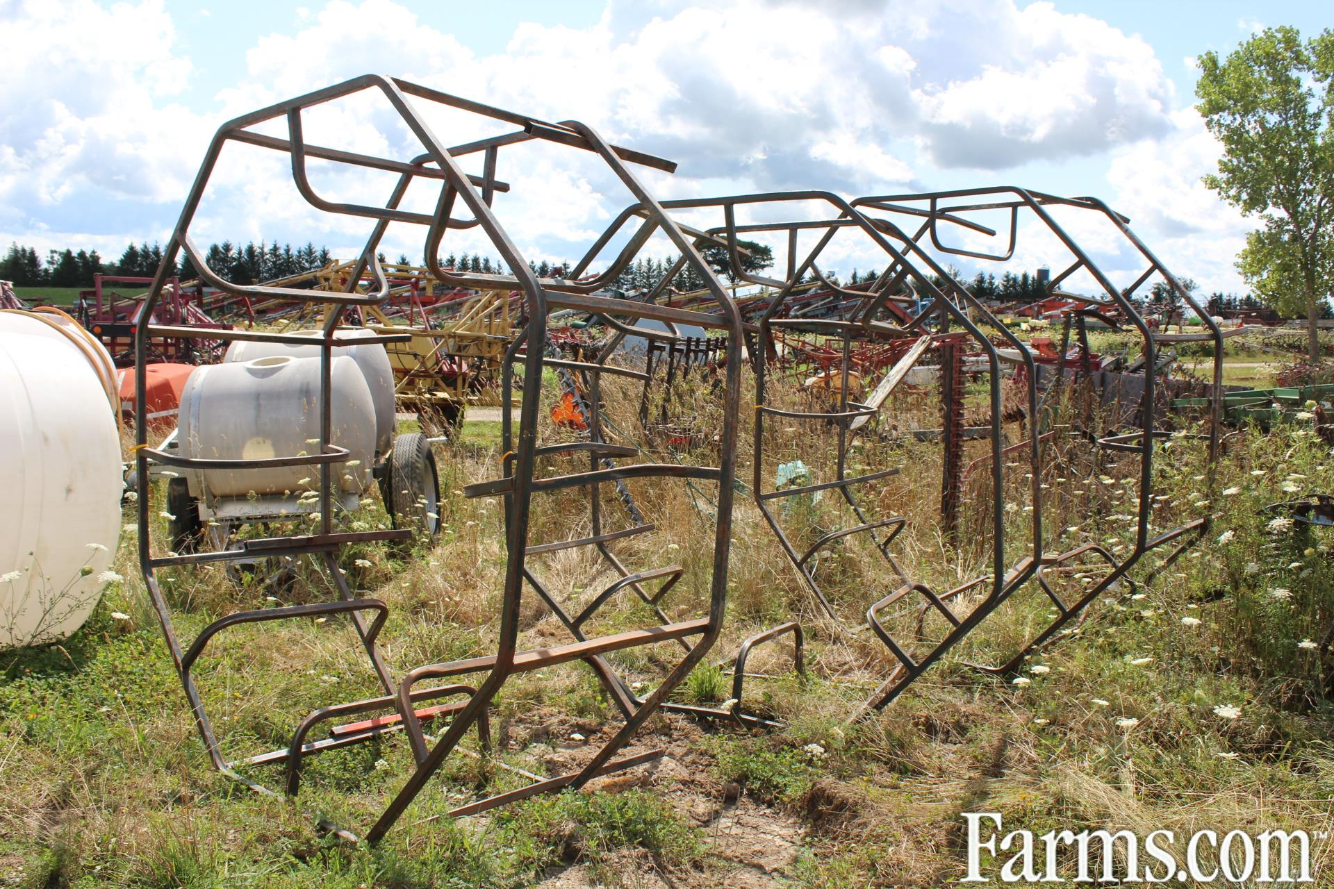 Unspecified Feeders / Waterers / Barn Equipment