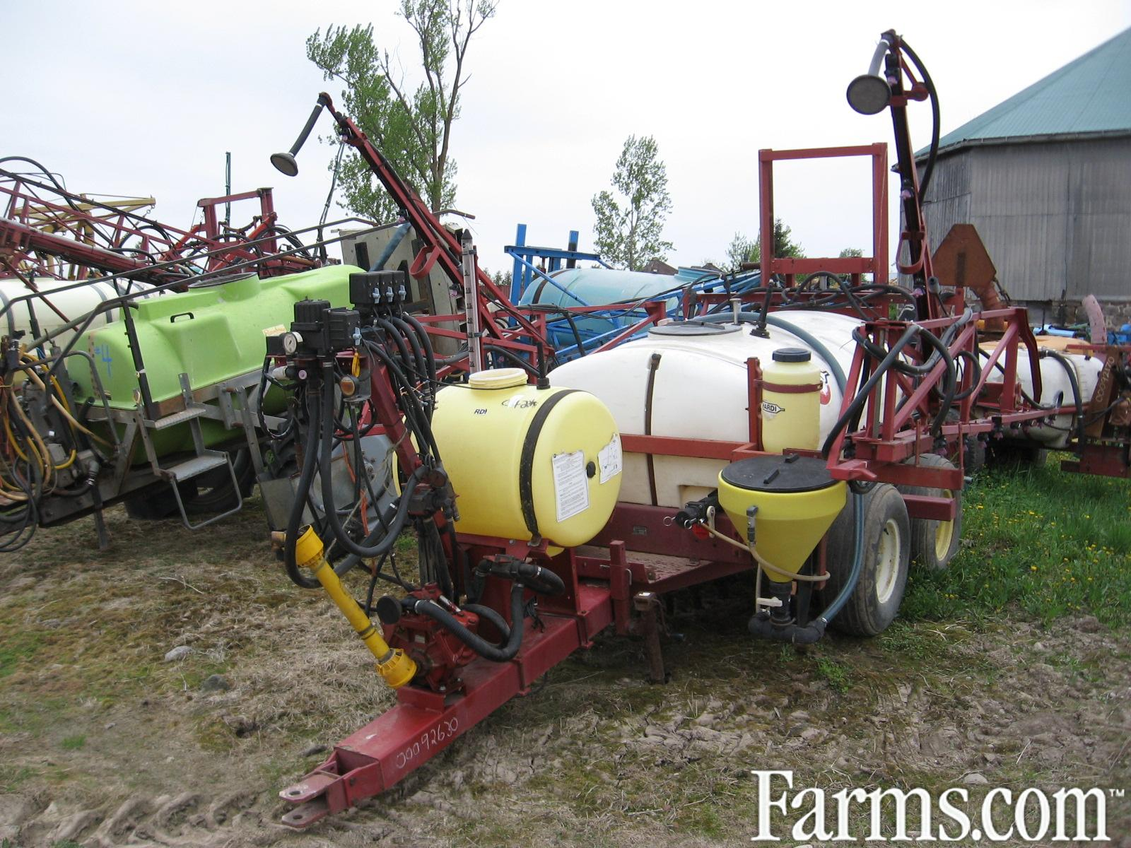Hardi TR 500, 50' boom, chemical injector $3900