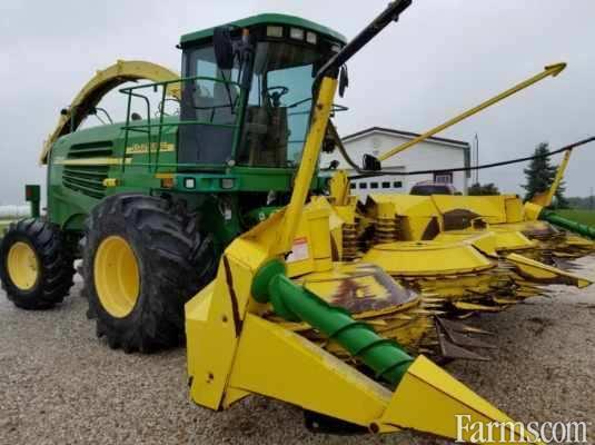 John Deere 2004 7500 Forage Harvesters