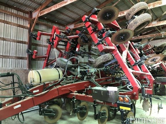 Case IH 2017 930 Fertilizer Applicators - Anhydrous