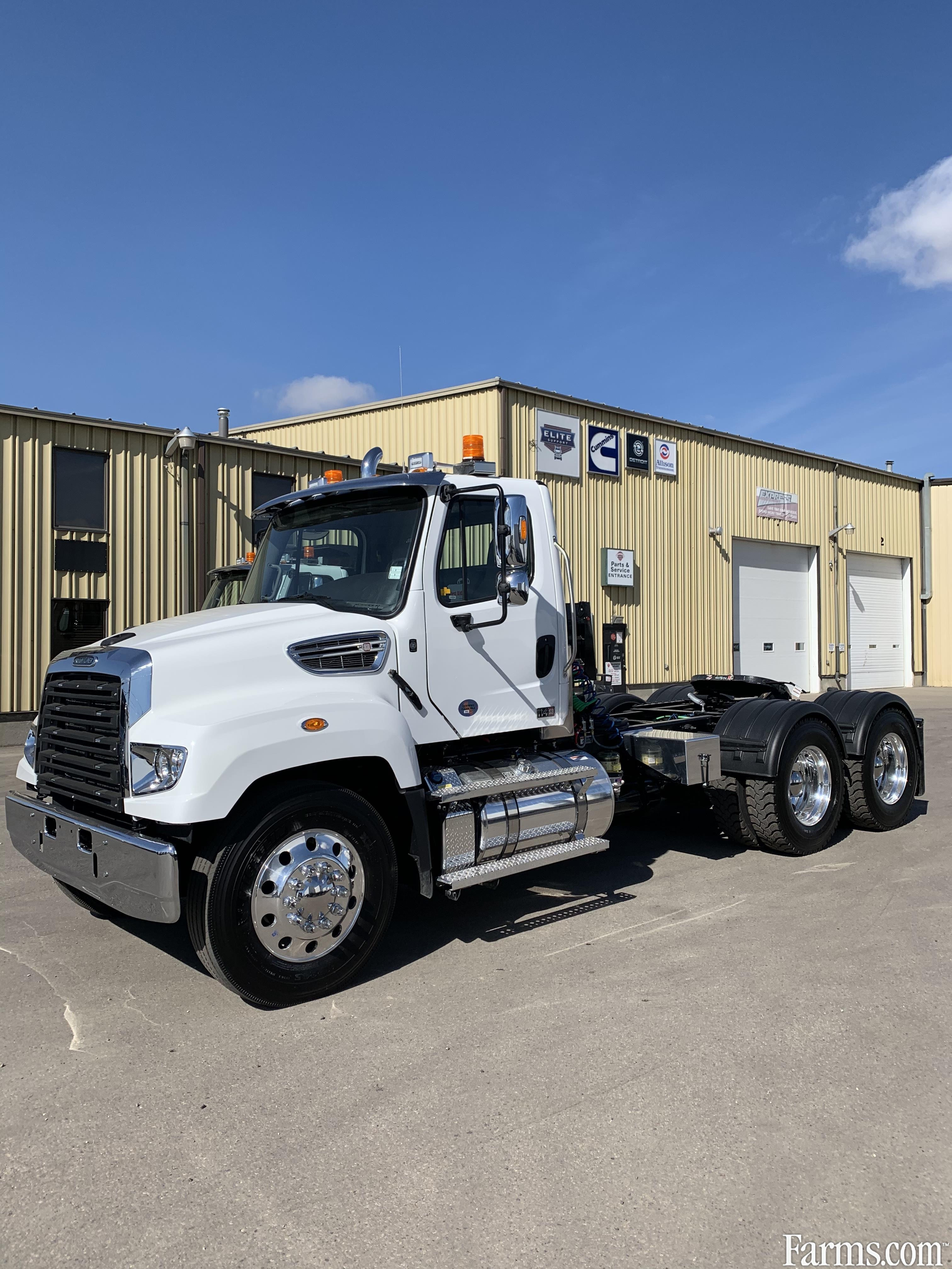 Freightliner 2020 114SD Conventional Trucks