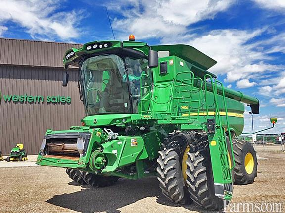 John Deere 2013 S670 Combines