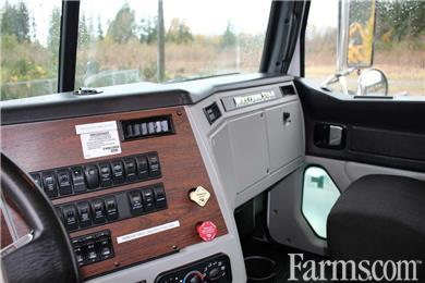 2014 Western Star 4700 Tandem Day Cab Crane Truck #CONS12 for Sale